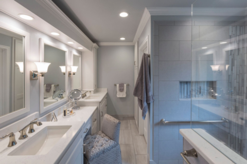 How To Maximize Your Bathroom Without Moving Walls